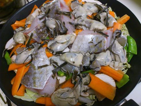 牡蠣の蒸し煮(調理中)