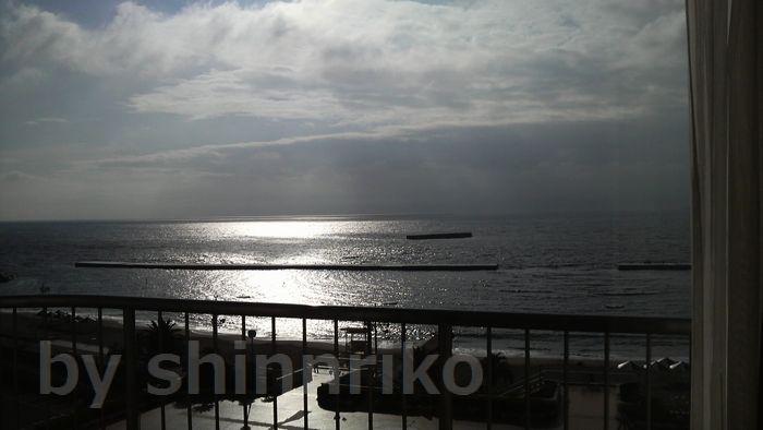 今日は初島は見えません。台風ですって?・・・悲しい