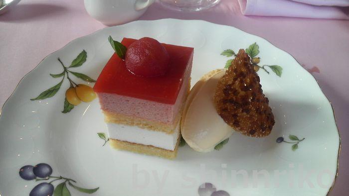 トマトのケーキ