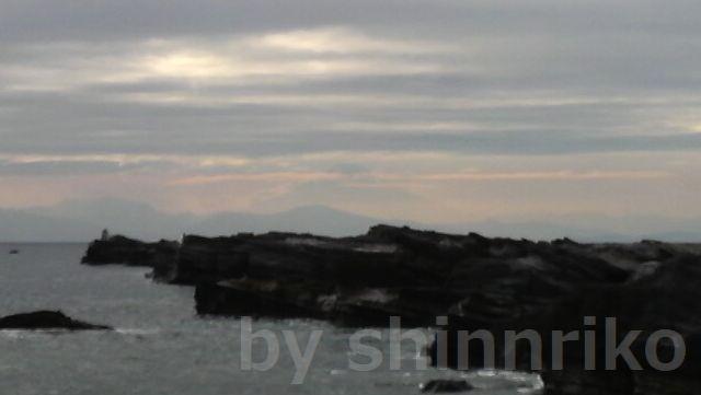 富士山がちょうど真ん中・・・見えるかなあ
