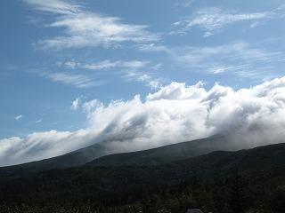望岳台から美瑛富士方向~