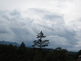 分厚い雲・・・