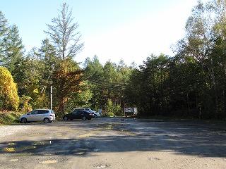 青い池駐車場9月