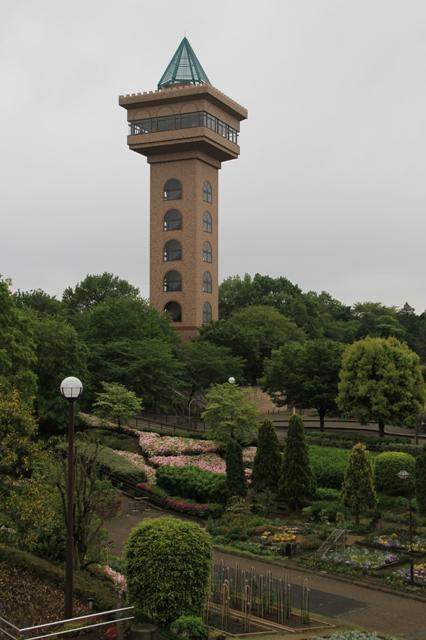 グリーンタワー相模原と竹間園芸花壇