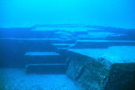 沖縄海底遺跡