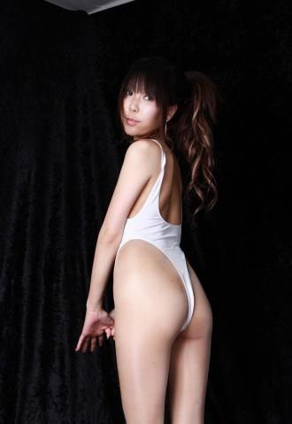 amina_kimura_dc1203.jpg