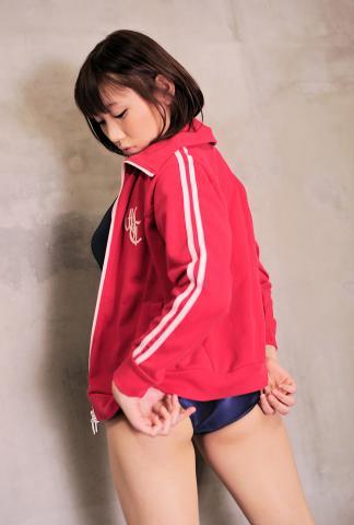 suzune_touyama_dgc1003.jpg