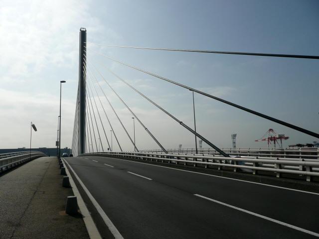 本牧大橋2