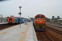 枋寮で3列車
