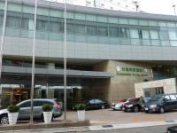 台南台糖長榮酒店の玄関は結婚式の車でいっぱい