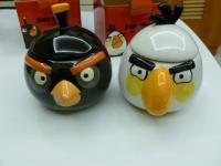 カルフールのANGRY BIRDSマグカップ白黒2個