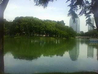 DSC00512Lumvini park1