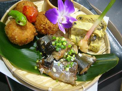 里芋コロ・秋刀魚有馬・きのこ