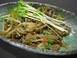 しめじと牛肉のキンピラ (1)