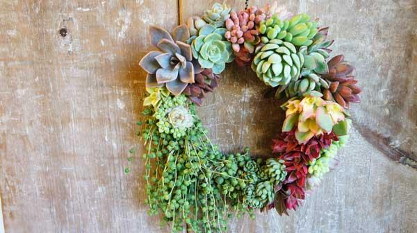 wreath050-1.jpg