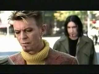 DAVID BOWIE「IM AFRAID OF AMERICANS」
