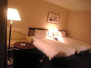 ホテル部屋内