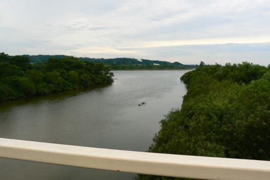 090912 岩見川が雄物川に注ぐ