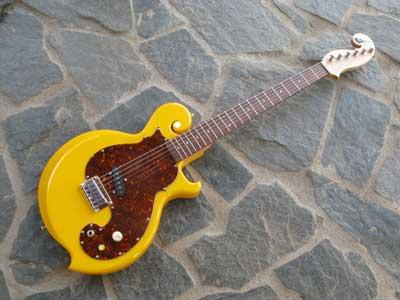 イエローギター