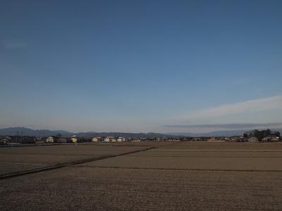 田園風景を行く