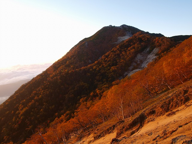 s-iyppPA045604朝日の観音岳