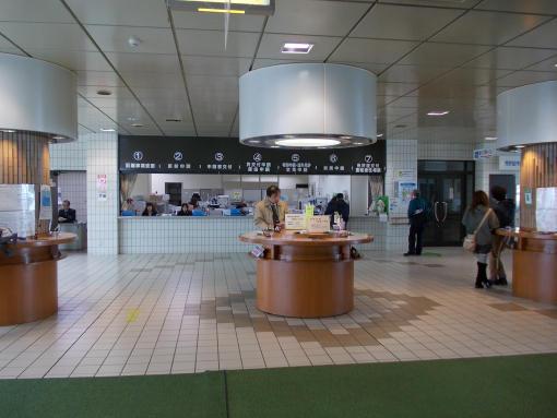 20120327_旭川運転免許試験場ロビー