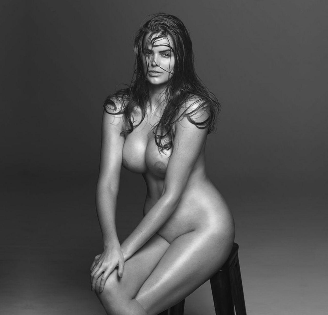 Фотографии голых моделей 19 фотография