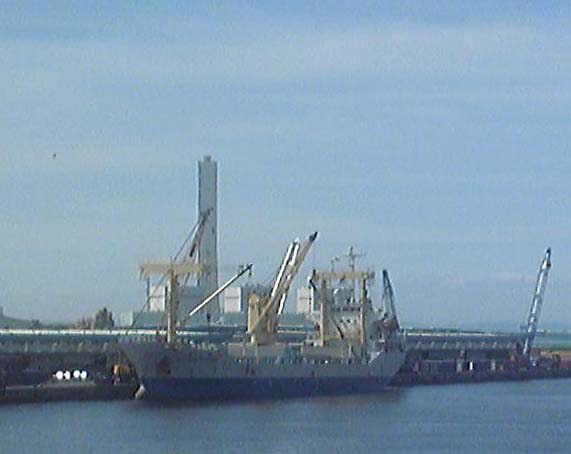 L-Dock20110808.jpg