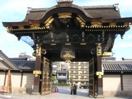 西本願寺門3