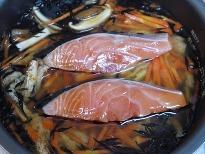 鮭とひじきの炊き込みご飯♪