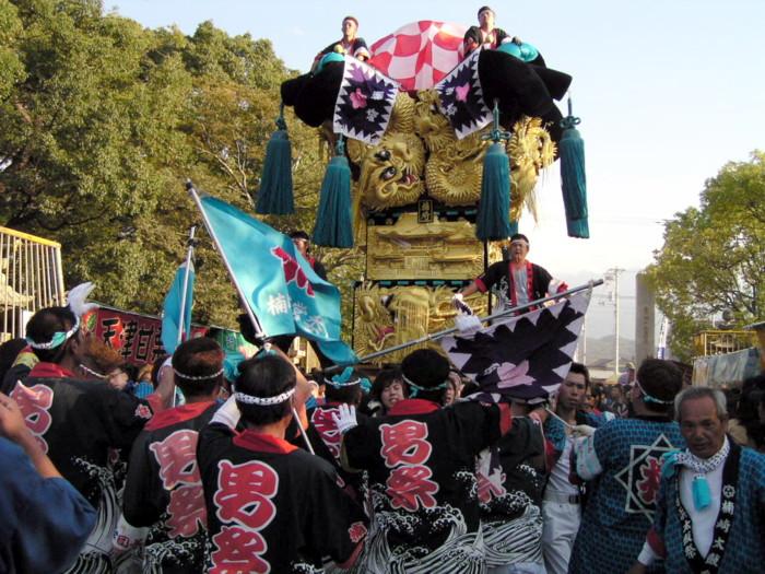 八幡神社かきくらべ楠崎太鼓台