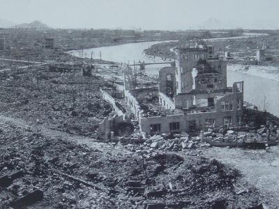 原爆投下直後の広島