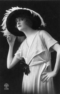 french-postcard-1920s_320.jpg