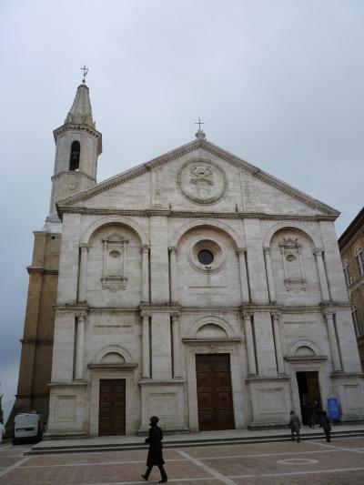 理想都市の崩れゆく大聖堂   フィレンツェからボンジョルノ!